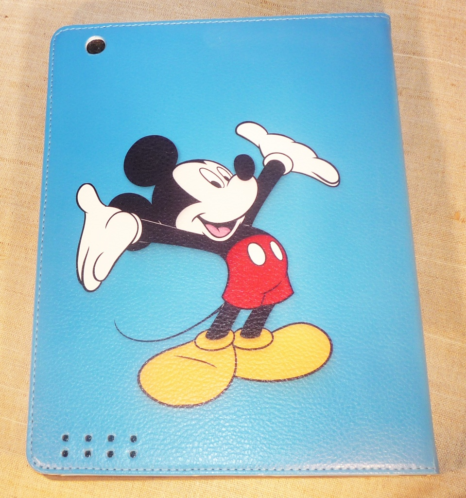 Case-New-ipad-mikky-mouse.JPG
