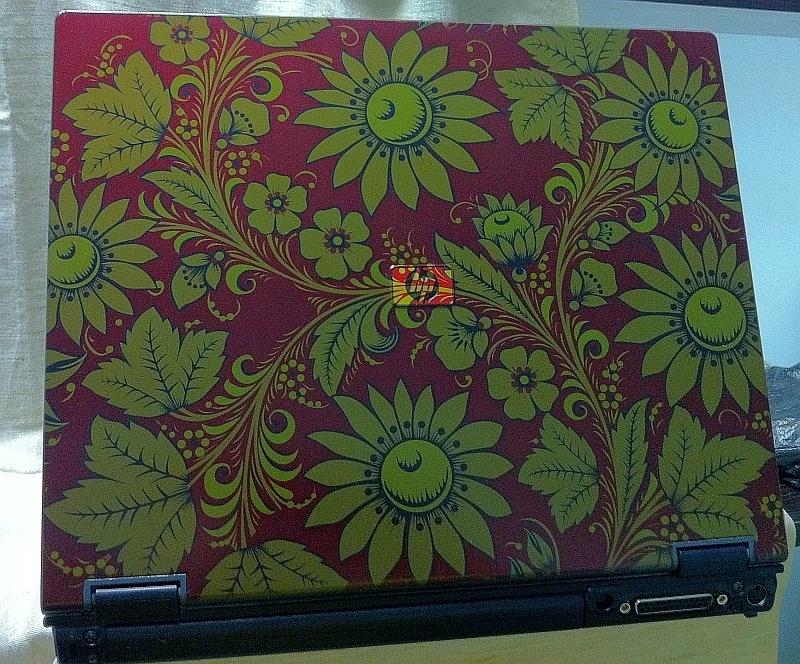 Ноутбук под Хохлому! Окраска существенно дешевле, чем  аэрография!