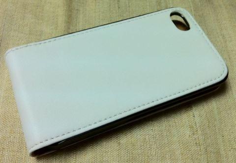 Чехол для iPhone 4, белый, вид задняя сторона, отверстие под камеру телефона